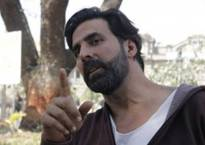 Insulting to compare 'Airlift' with 'Argo': Akshay