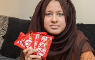 Woman demands lifetime supply of Kitkat after buying defective pack