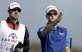 Judge dismisses caddies lawsuit against PGA Tour