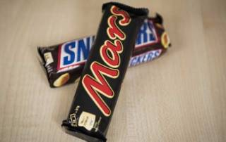 Mars recalls candy bars in 55 countries after plastic found in them