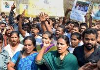 Rohith Vemula Suicide: Students Protest as VC Appa Rao Podile back in Hyderabad University
