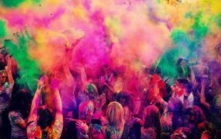 <b><font color='red'>HAPPY HOLI!</font></b> India shouts out loud to celebrate the day