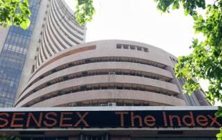 Sensex recaptures 25k, posts fourth weekly gain