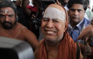 Charges against me a lie, Kanchi seer Jayendra Saraswathi tells court