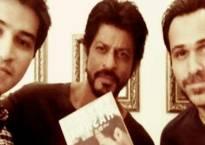 Shah Rukh Khan promotes Emraan Hashmi's book on son
