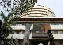Sensex, Nifty end at 3-week low on profit-booking