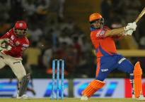 IPL 2016: Dwayne Bravo keeps getting better and better with age, says Aaron Finch