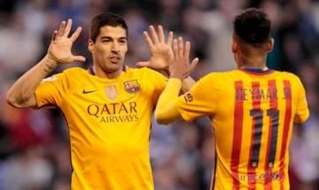 Suarez hits four in 8-0 rout, Ronaldo injured