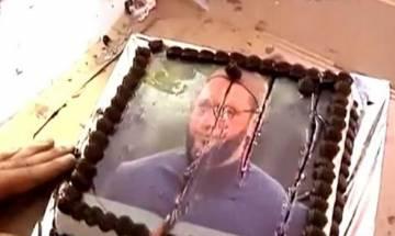 Raj Thackeray celebrates his birthday by cutting cake with Asaduddin Owaisi photo