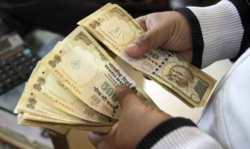 Rupee plummets 4 paise against dollar in early trade