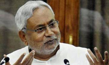 Nitish Kumar phones Arun Jaitley, offers special session over GST Bill