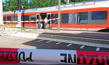 Knifeman attacks moving train near Switzerland's eastern border
