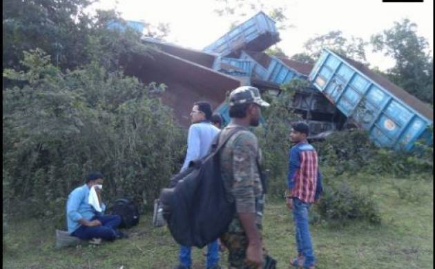 The Naxals damaged railway line near Pujapara Dhurli village (ANI)