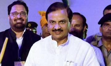 Union minister Mahesh Sharma asks foreign tourists to ditch skirts, short dresses