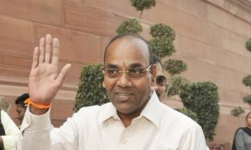 Union Minister Anant Geete asks auto companies not to take 'panga' with Courts