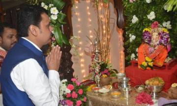 Ostracised in their own village, couple performs Ganesh Puja at CM Fadnavis's house