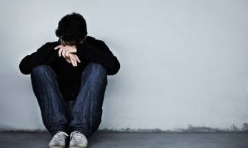 Internet addiction causes depression, anxiety: study