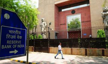 Weak global demand, less private investments may restrain growth in 2017-18: RBI