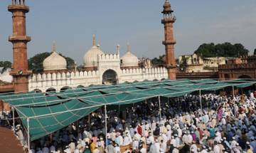 Haj pilgrimage out of External Affairs Ministry's domain; Minority Affairs Ministry to take control