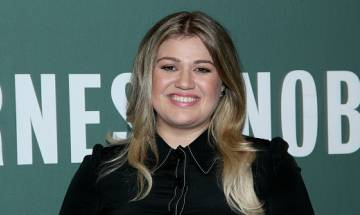 American singer  Kelly Clarkson has no more baby plans