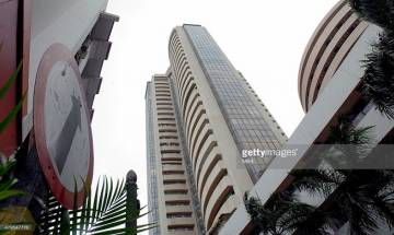 Indian stock markets record massive losses post Federal Reserve's meeting indicative of interest rate hikes