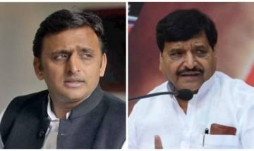 Mulayam camp reacts to Akhilesh's bold moves, Ramgopal Yadav expelled from Samajwadi Party, say sources