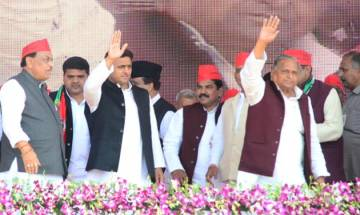 As party totters on brink of split, Mulayam may take strict action against Akhilesh