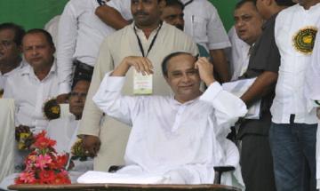 Odisha CM Naveen Patnaik shown black flags at Mayurbhanj district