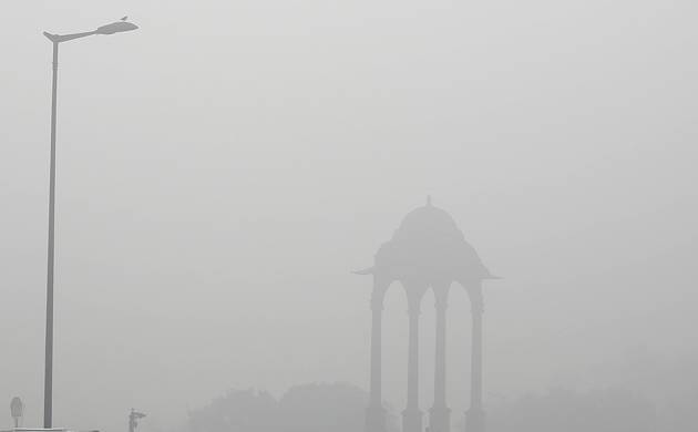 Delhi govt gets into action to drive away smog