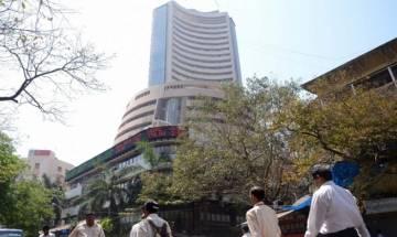 Sensex tanks 600 points amid Fed rate hike uncertainty