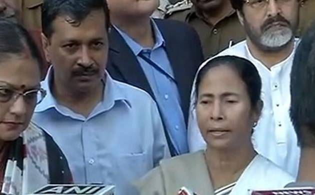 Arvind Kejriwal and Mamata Banerjee