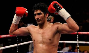 Indian boxing star Vijender Singh to fight former world champion Francis Cheka, eyes knockout win