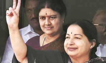 Tamil Nadu CM Panneerselvam backs Sasikala for AIADMK chief post