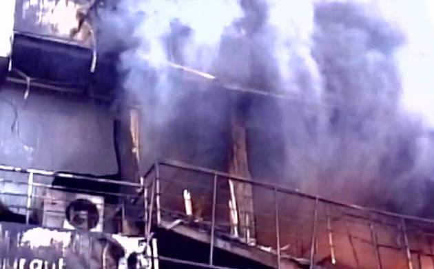 Fire breaks out at a hotel in Maharashtra's Gondia (Pic: ANI)