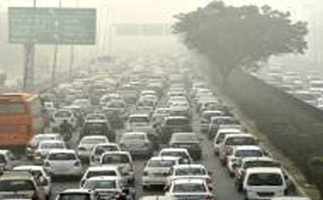 NGT notice to MoEF, Delhi govt on rising air pollution level plea filed by six kids (filepics)