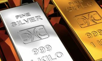 Gold rules firm for 3rd day at Rs 27,585; silver recovers