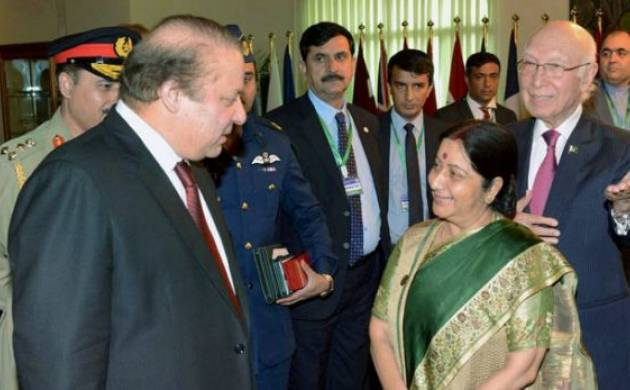 Pakistan Prime Minister Nawaz Sharif with EAM Sushma Swaraj (File Photo)