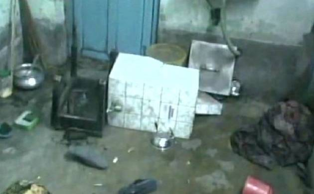 Rose Valley Scam: BJP leader Krishna Bhattacharya's house allegedly attacked by TMC workers (pics:ANI)