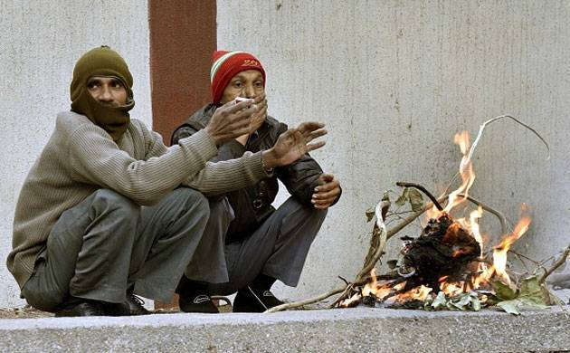 As cold wave tightens grip over North India, Noida DM orders schools to remain shut till January 15