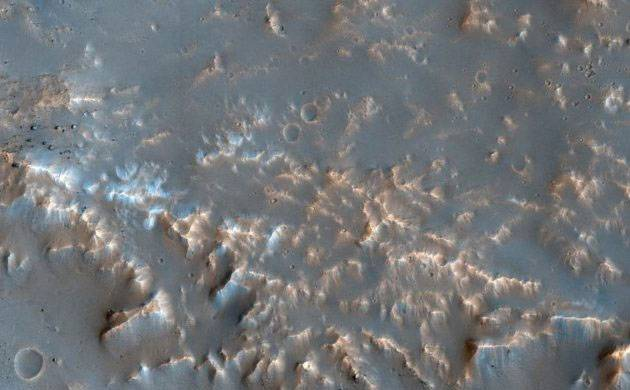 NASA HiRISE clicks breathtaking picture of well-preserved Impact Ejecta on Mars