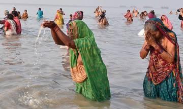 Makar Sankranti: 9 lakh take holy dip at Gangasagar to celebrate end of winter solicit