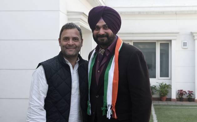 Navjot Singh Sidhu  joins Congress after meeting Rahul Gandhi in Delhi (ANI)