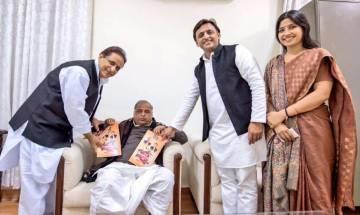 Mulayam skips SP manifesto launch, Akhilesh ensures home delivery | Check his FB post