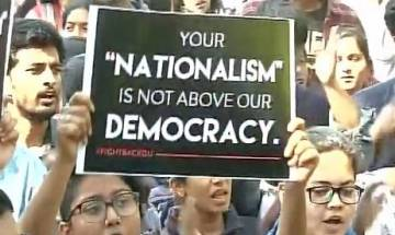 Video | Protesters chant 'Azaadi' for Kashmir at Ramjas College; video goes viral