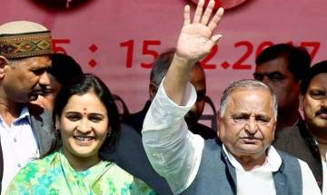 From 300-plus rallies in 2012 to two in 2017: Will Akhilesh return to power as Mulayam goes missing from SP campaign trail in UP elections?