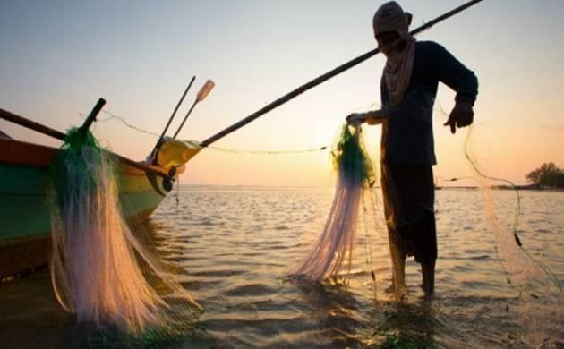 Rameswaram: 8 more TN fishermen held by Sri Lankan Navy; One attempts suicide