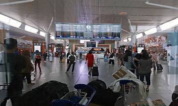 China opens second largest Tibetan airport terminal close to India