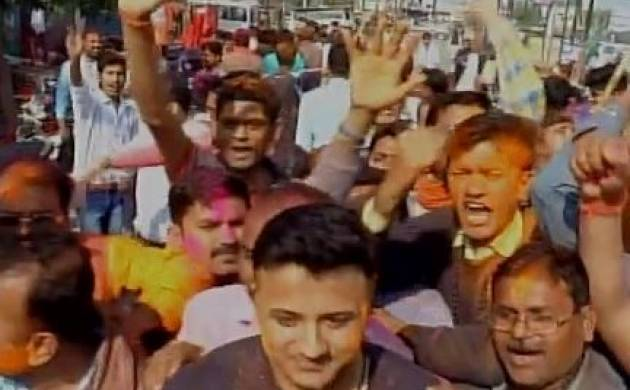 UP Election Results 2017 updates: BJP wins 3 seats, leading on 302; SP wins 1