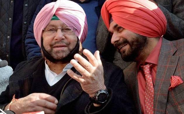 Navjot Singh Sidhu with Punjab CM Amarinder Singh (File Photo: PTI)