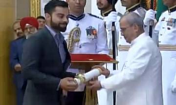 Virat Kohli honoured with Padma Shri Award at Rashtrapati Bhavan